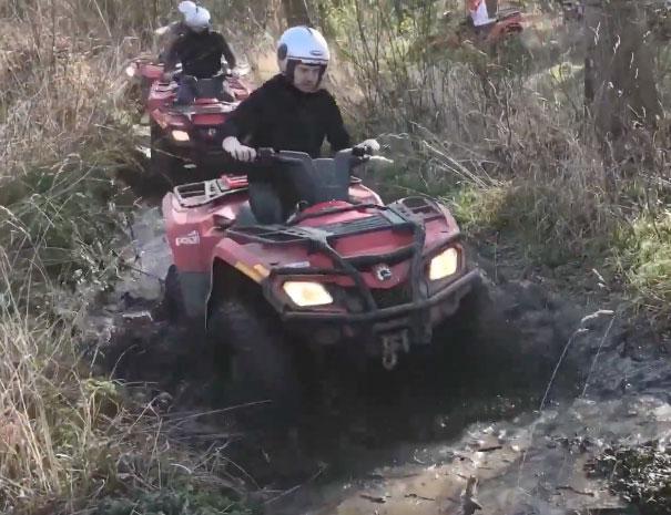quad-tour-offroad-mud-web