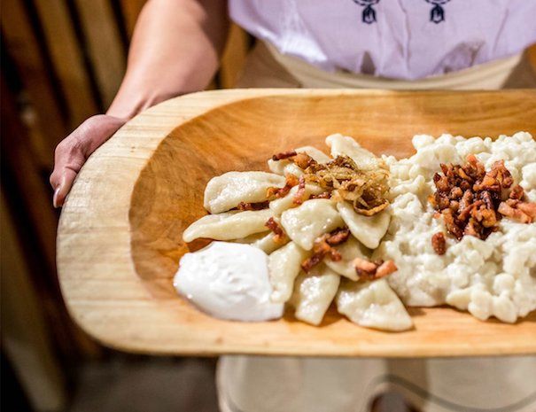 traditionnal-dinner-halusky